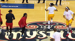 Quand deux teams WNBA s'affrontent… à la danse !