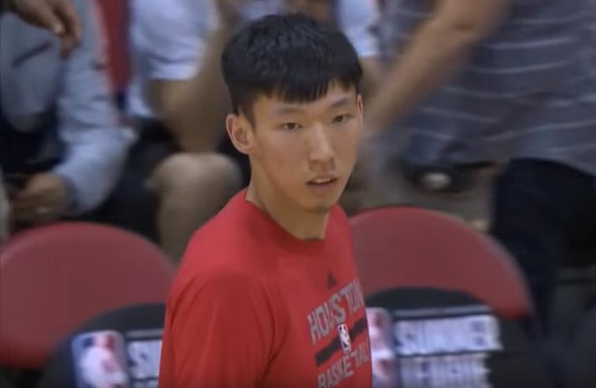 Zhou Qi, l'atout planqué des Rockets