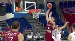 La séquence complétement dingue de Kristaps Porzingis contre la Serbie