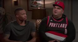 Un fan ruine l'interview Damian Lillard