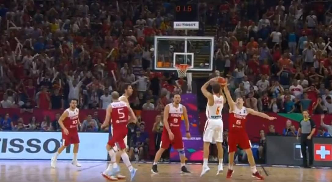On fire : Le festival à 3-points de Marco Belinelli contre la Finlande