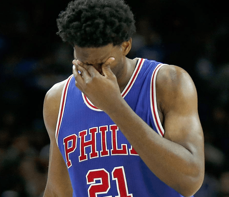 Brett Brown comprend la frustration de Joel Embiid