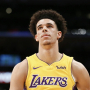 Lonzo Ball va enfin affronter son idole, LeBron James