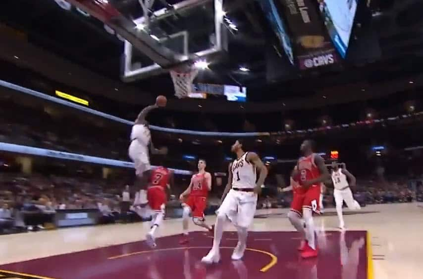 Le superbe alley-oop entre D-Rose et Jeff Green