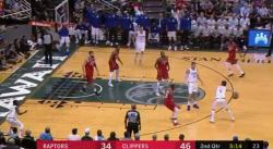 Encore une action magique de Teodosic et des Clippers