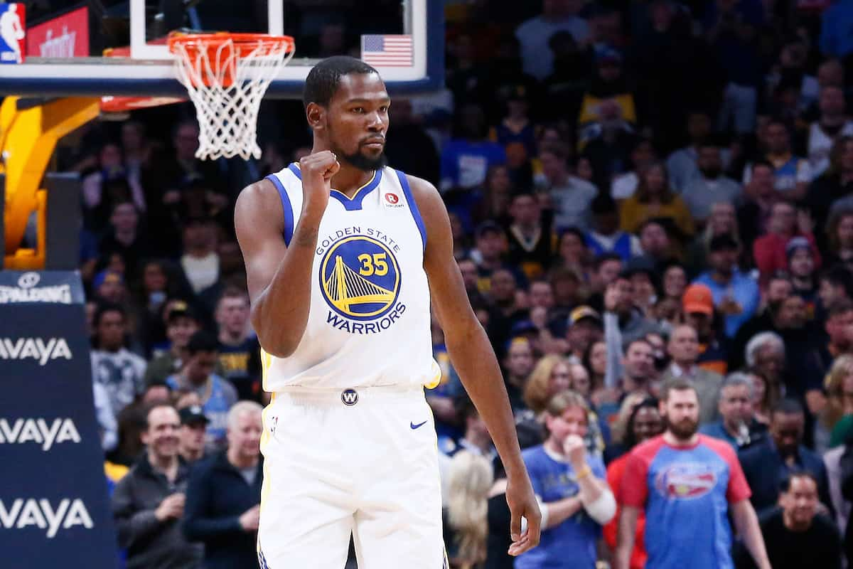 Kevin Durant sauve les Warriors, Curry encore blessé