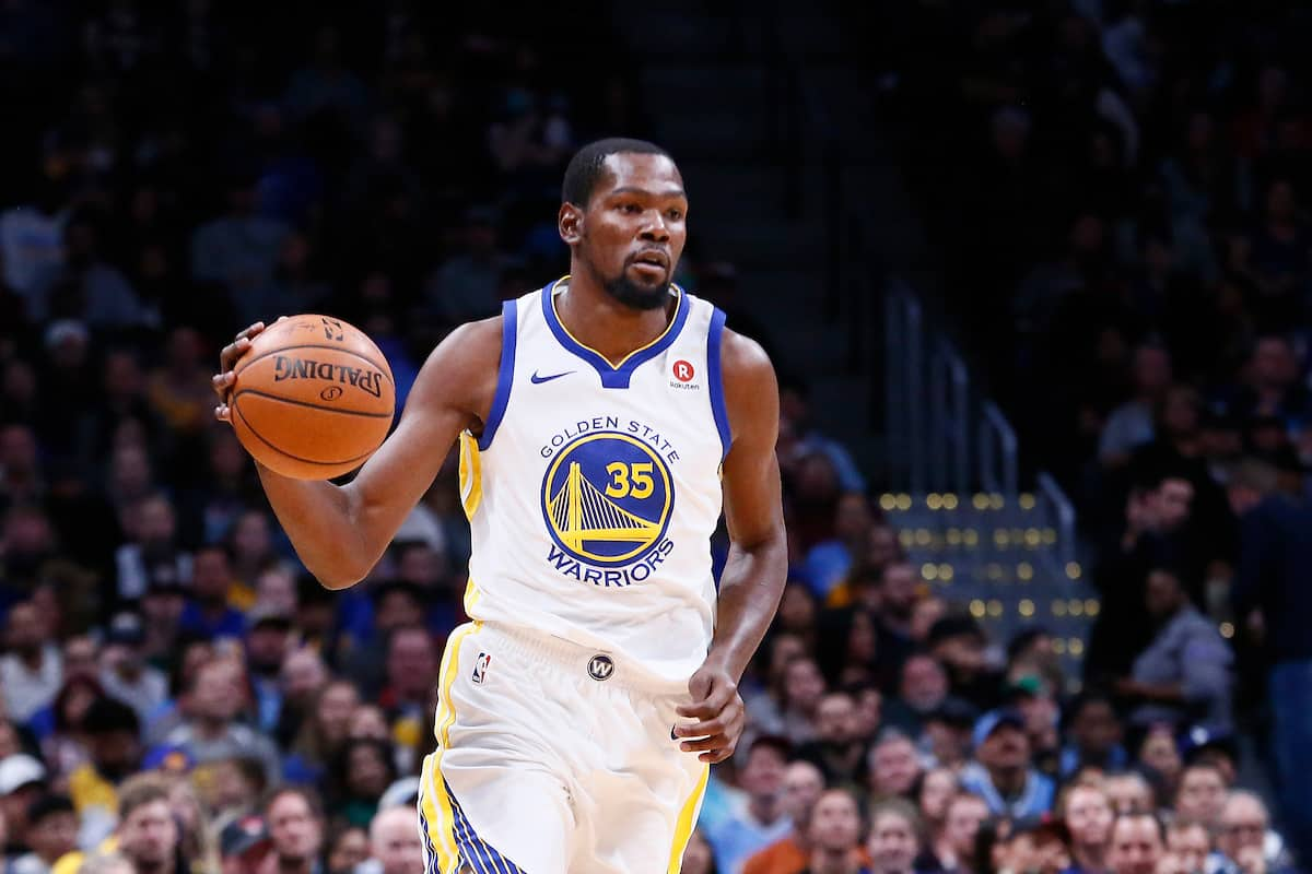 Kevin Durant en triple-double contre les Wolves