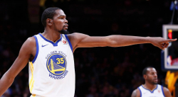 Kevin Durant défend Zaza Pachulia face à Russell Westbrook