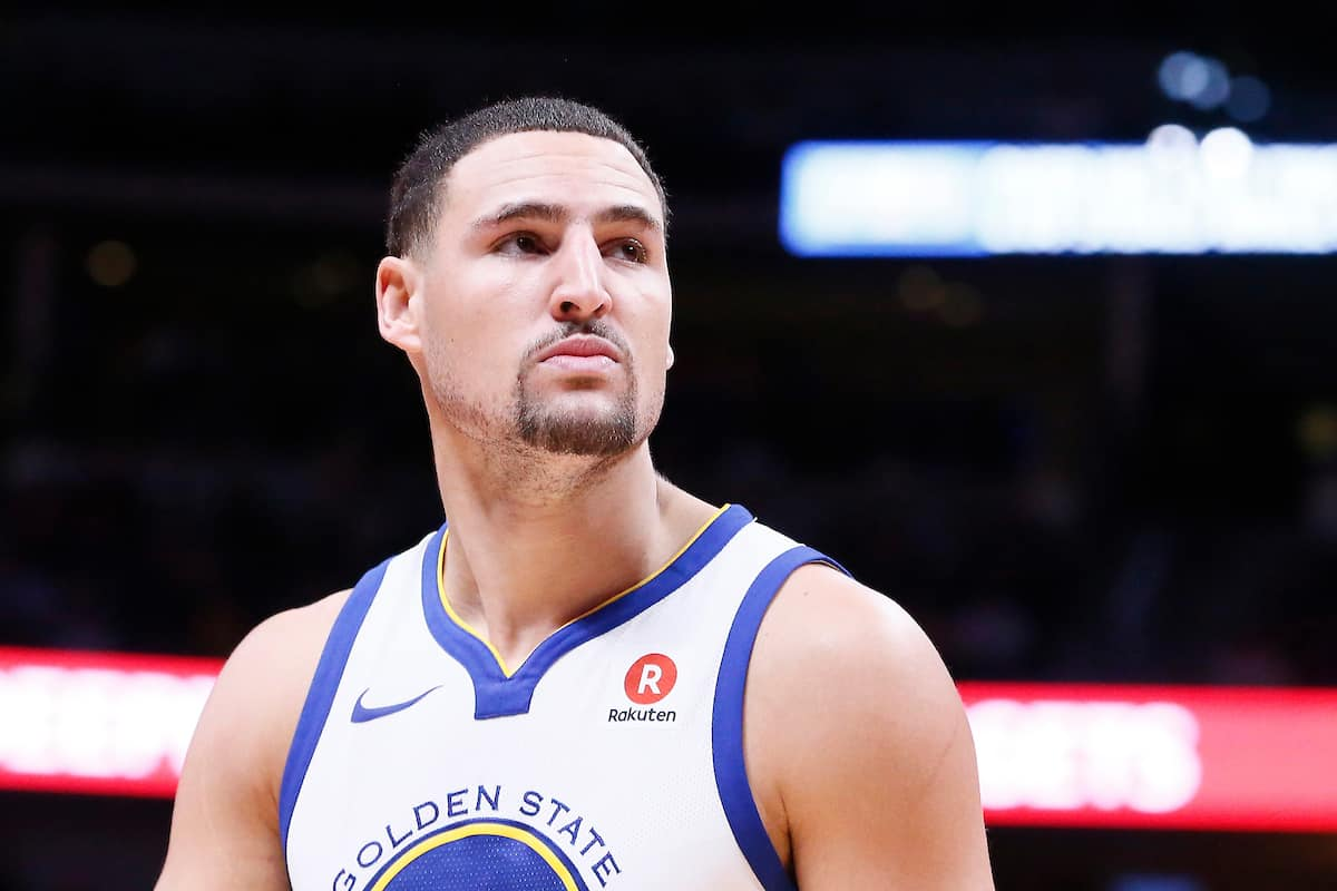 Blessure de Klay Thompson : grosse frayeur après le tacle de JR Smith