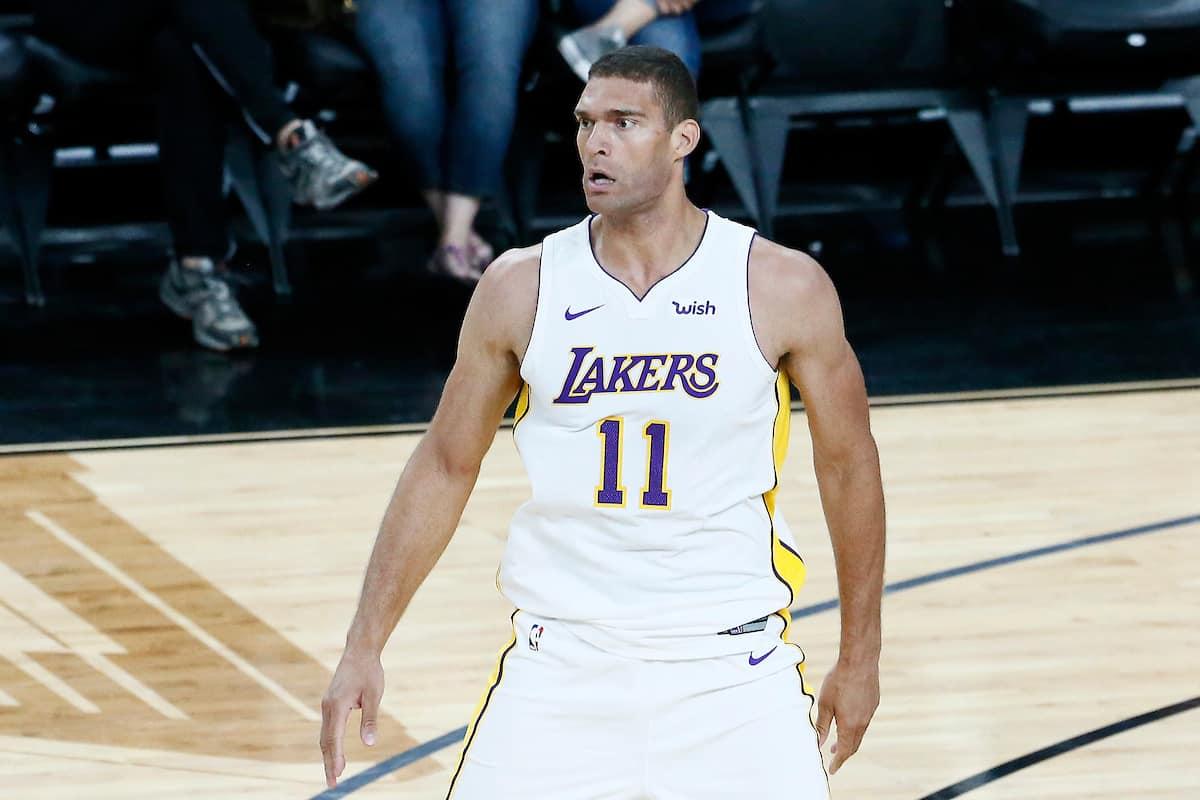 Brook Lopez remporte le duel des ex avec les Lakers