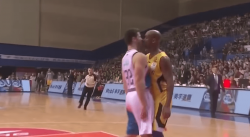 Jimmer Fredette s'embrouille avec… Stephon Marbury