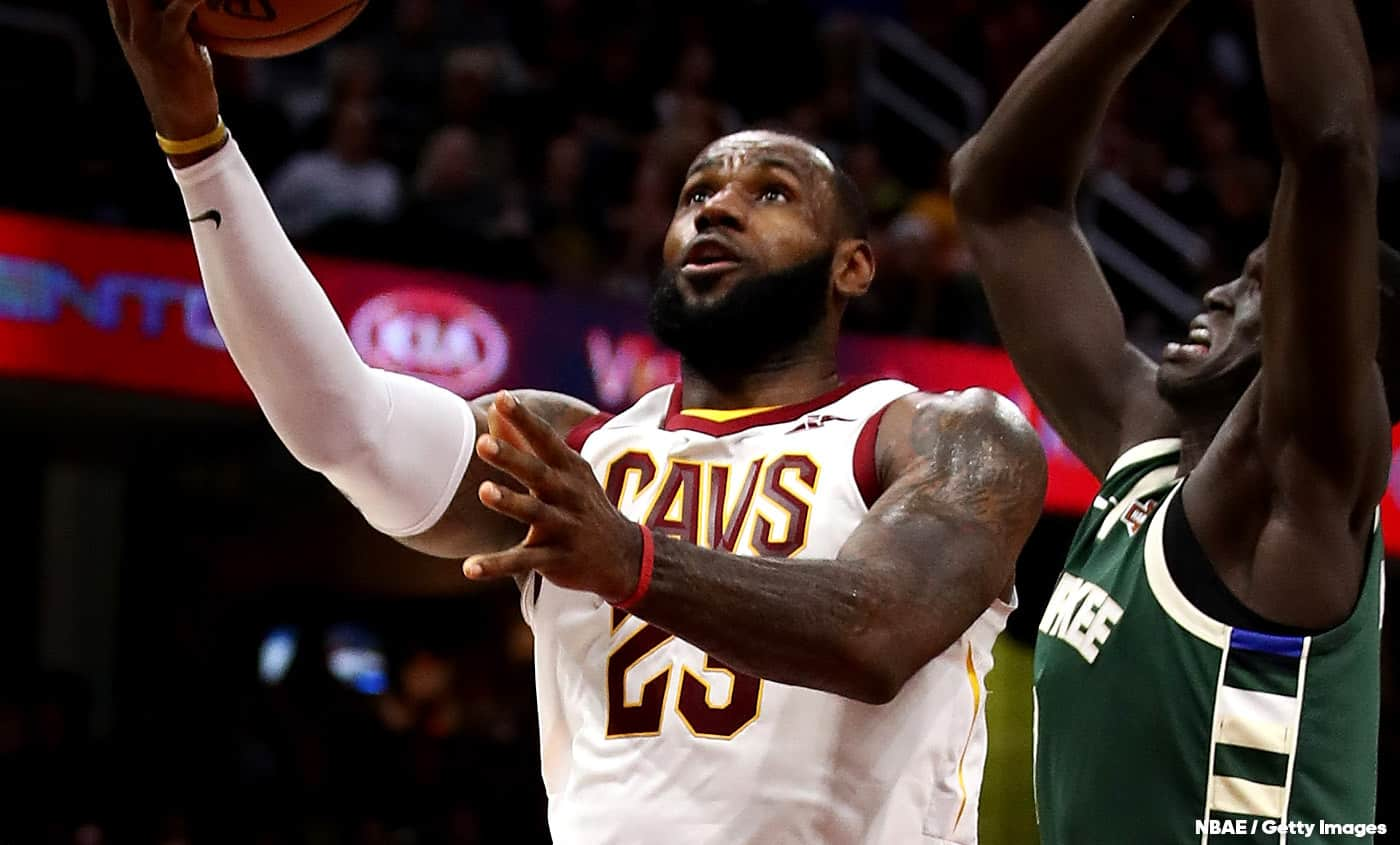 Comme Kobe, LeBron a participé au design du jersey de sa franchise