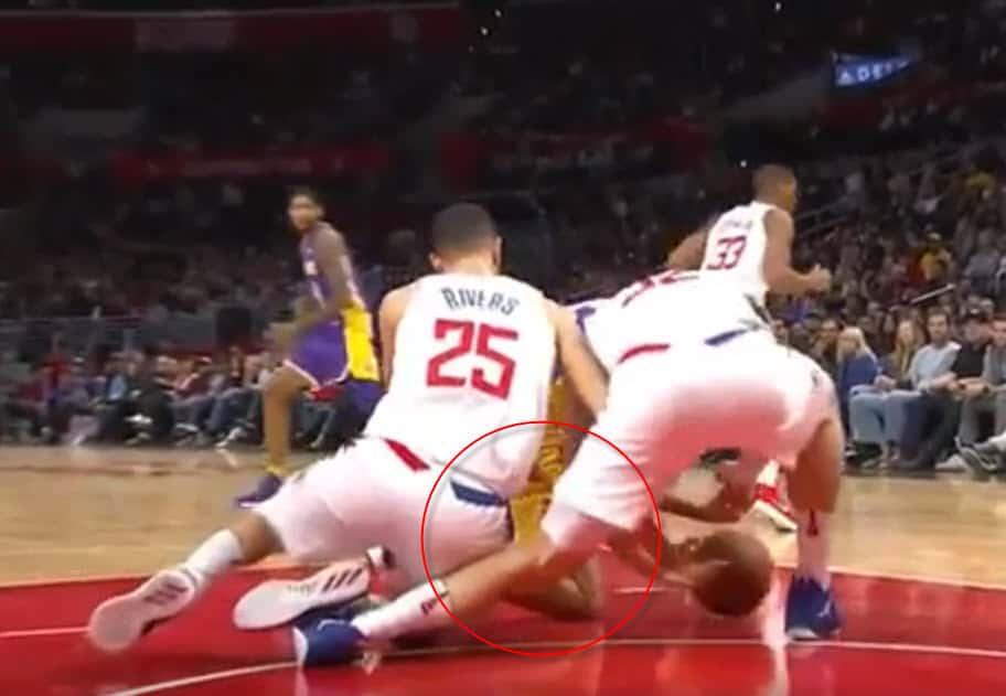 Tuile : Blake Griffin gravement blessé au genou par… Austin Rivers ?