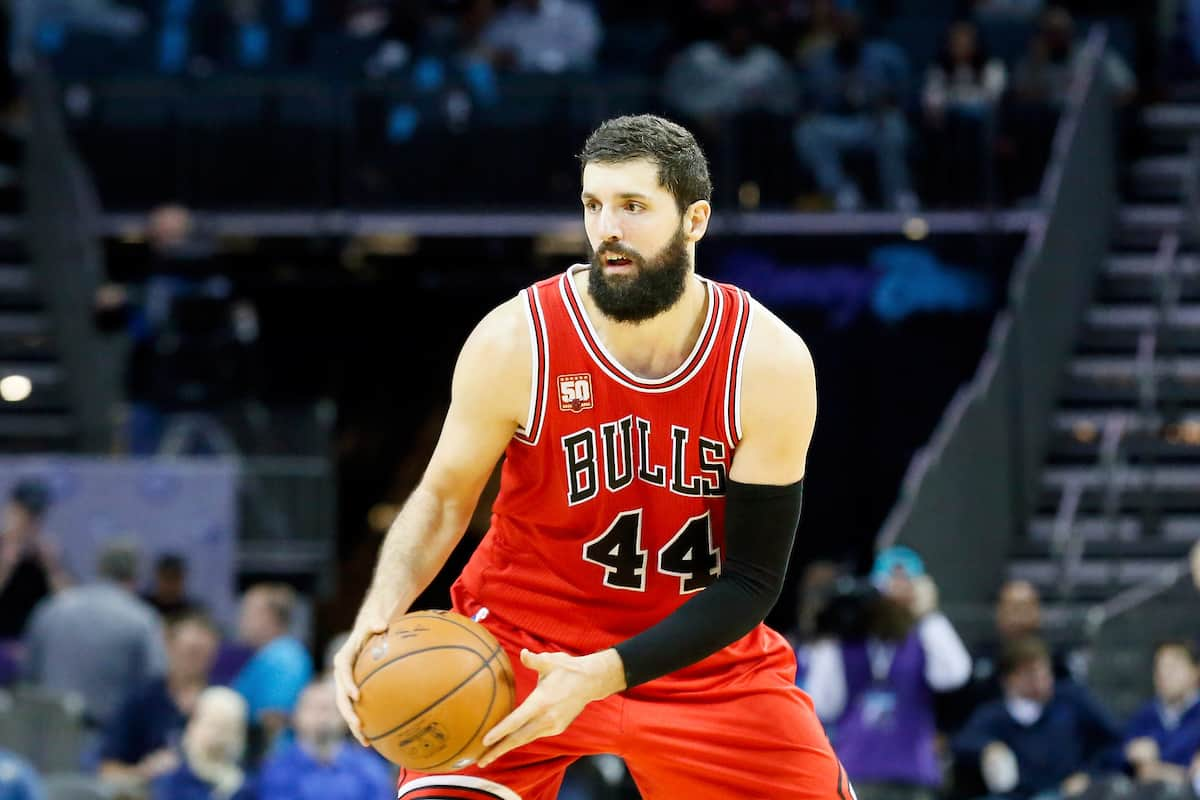 Un trade Nikola Mirotic vs Derrick Favors entre Chicago et Utah ?