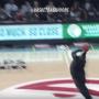 Un fan des Hawks met un panier dingue pour 10 000 dollars