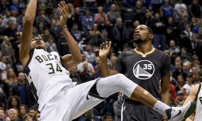 Giannis Antetokounmpo a pris «une leçon» face à Kevin Durant