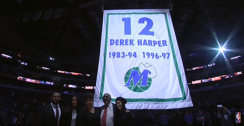 Le maillot de Derek Harper retiré par les Mavericks