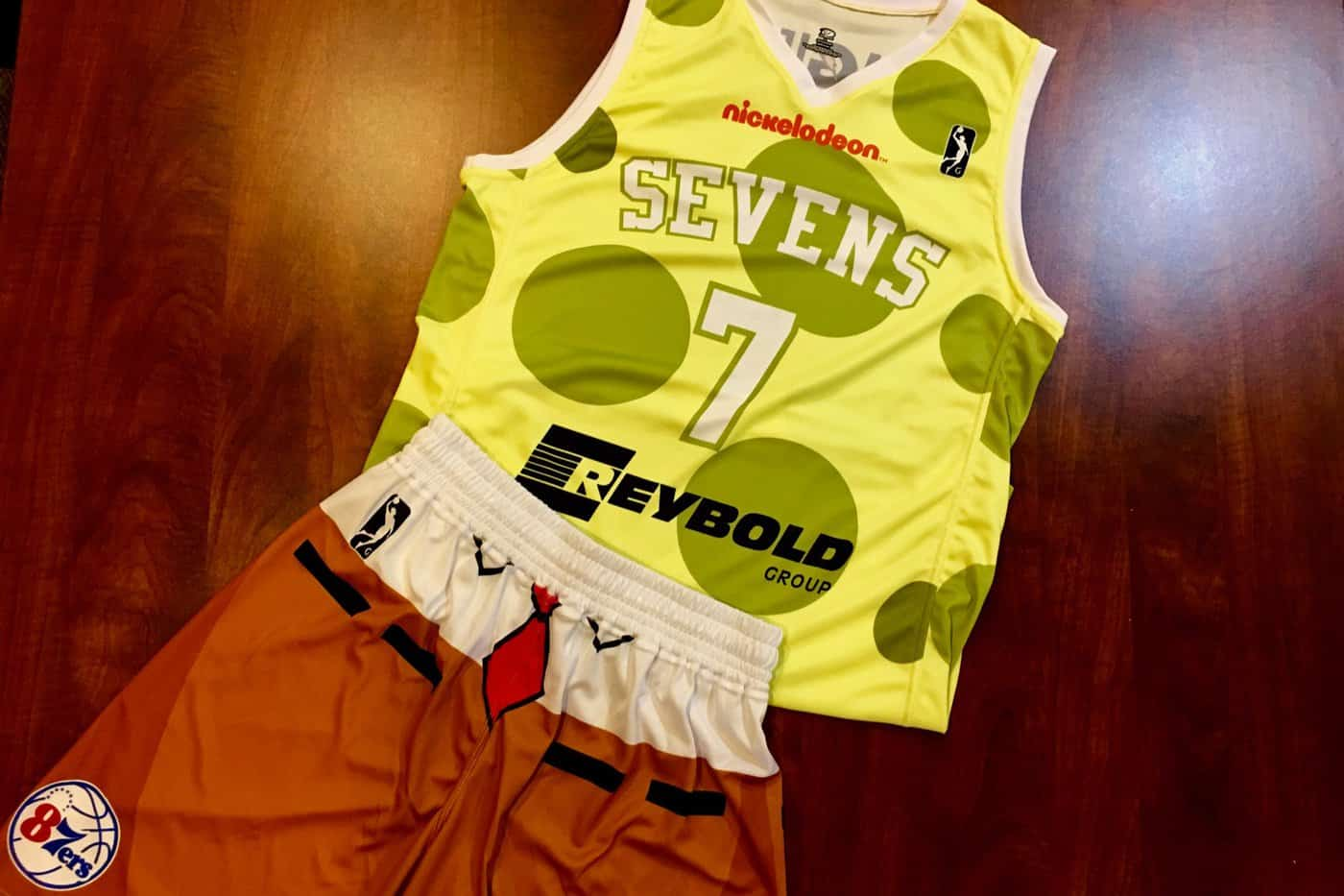 Un maillot Bob L'Eponge pour l'équipe G-League des Sixers