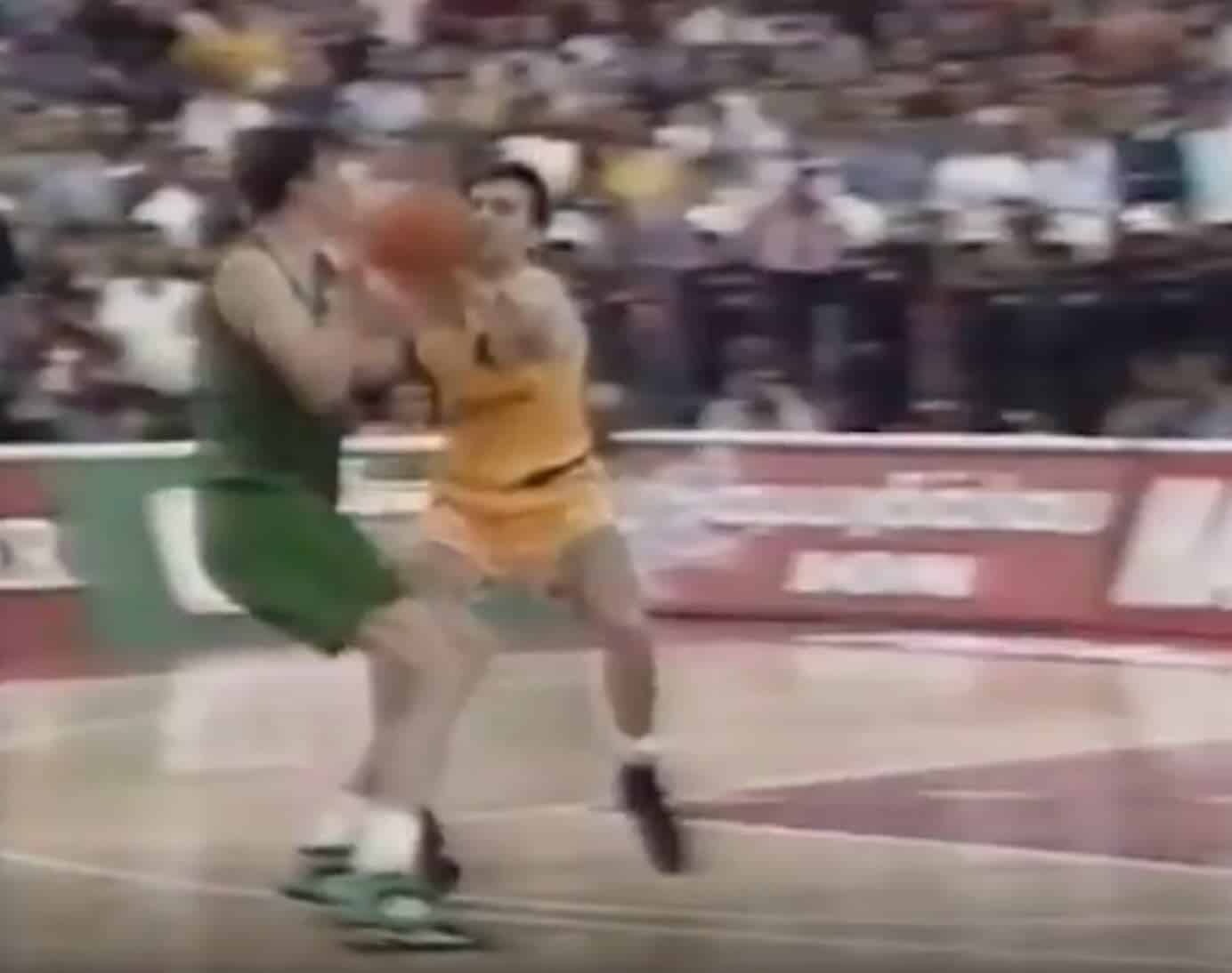 Fred Forte, son interception culte sur Kukoc en 93