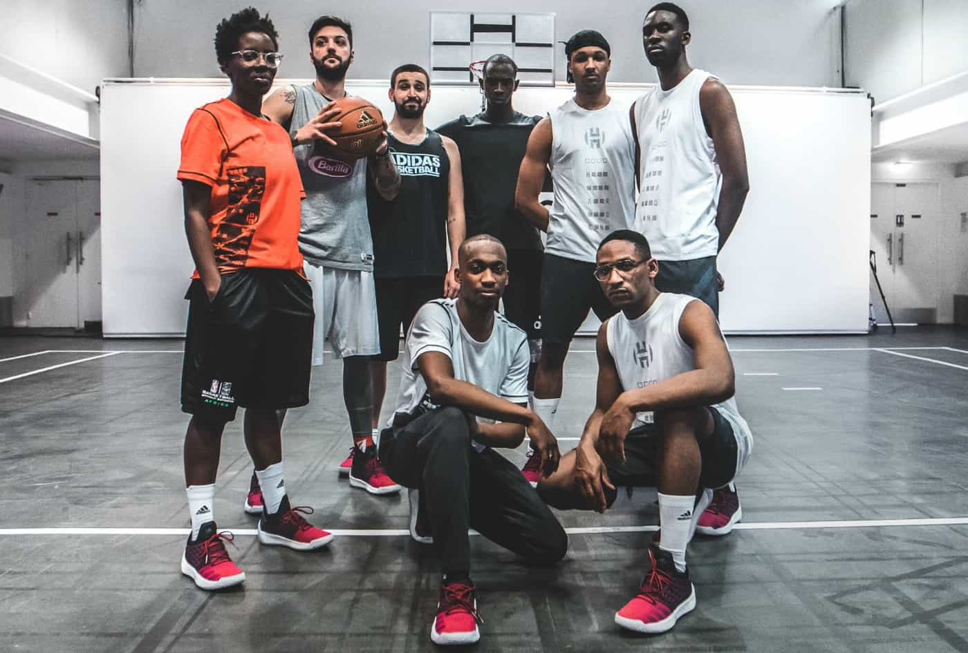Les jeunes talents parisiens testent la adidas Harden Vol. 2