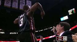 Il y a 9 ans, Dwyane Wade faisait rugir Miami au buzzer