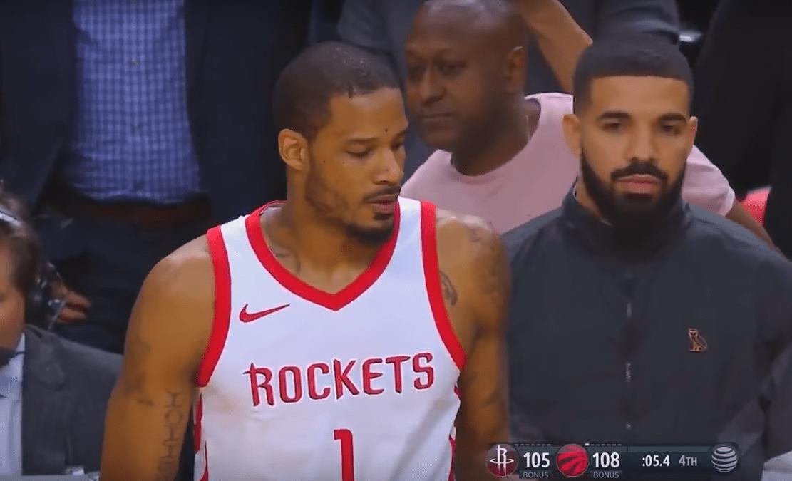 Pénible : Drake perturbe Trevor Ariza sur la dernière action