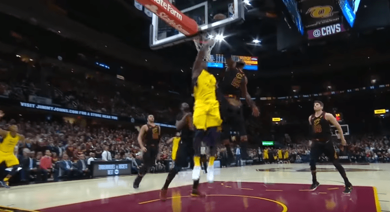 La NBA confirme, le block de LeBron James était illégal
