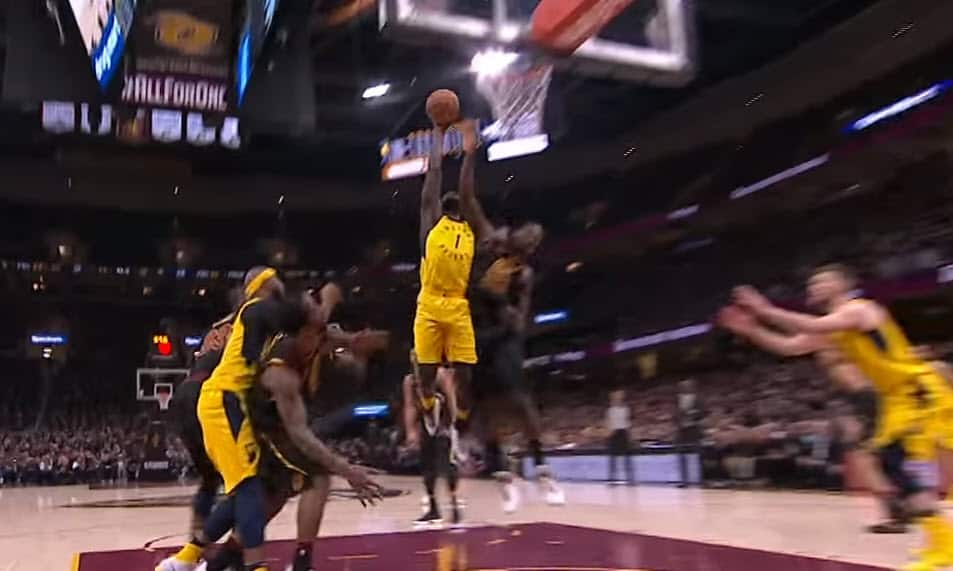 Top 5 : Lance Stephenson claque le dunk de la résurrection