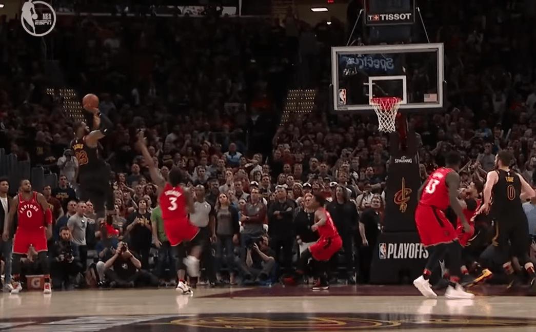 Le buzzer-beater de LeBron James pour enterrer Toronto