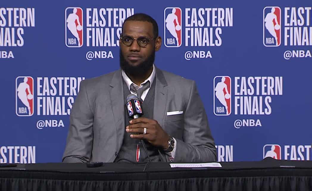 Flippant : LeBron James se souvient de TOUT