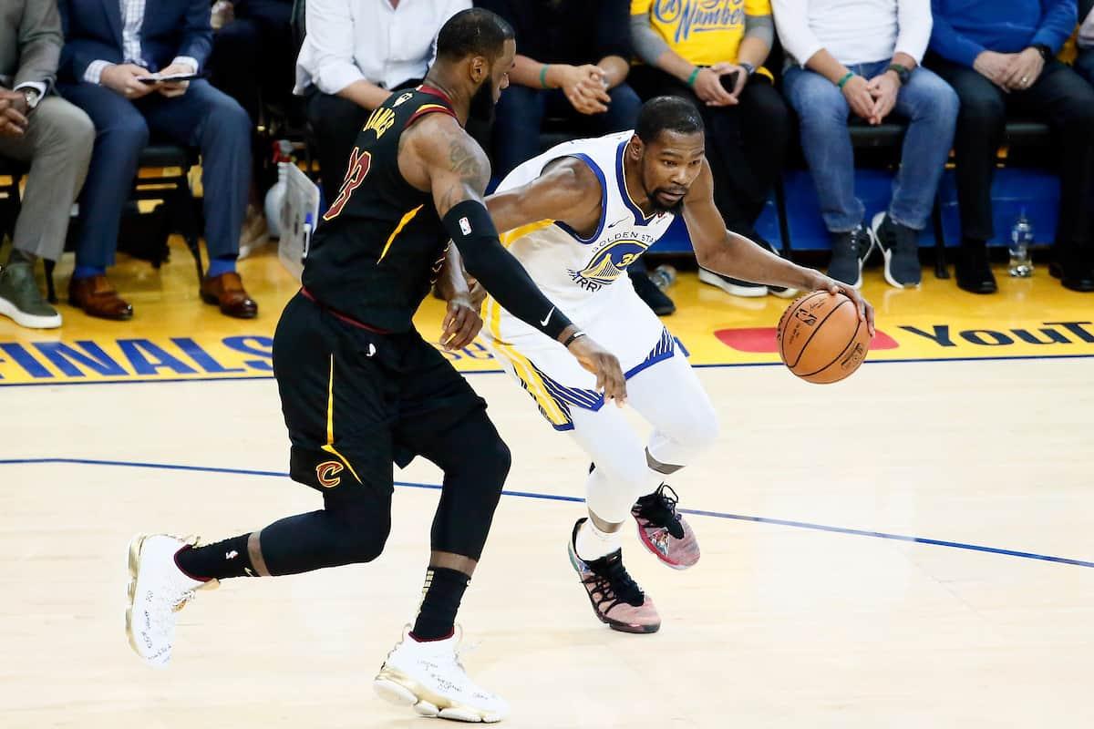 Kevin Durant sur les comparaisons avec LeBron James : «Je voulais qu'on dise que j'étais le meilleur»