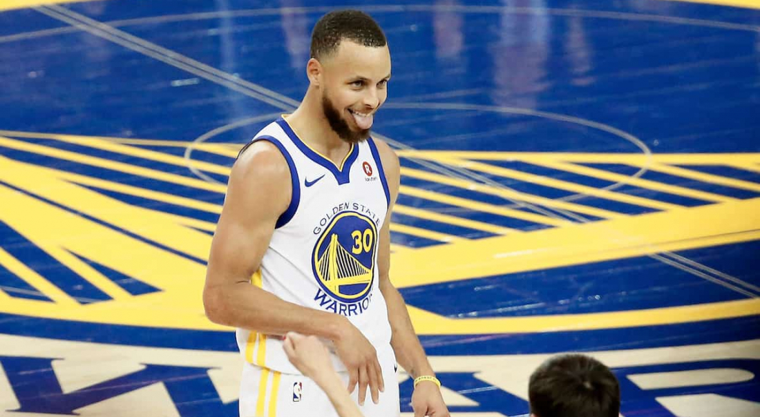 CQFR : Curry insolent, Denver réussit un comeback fou