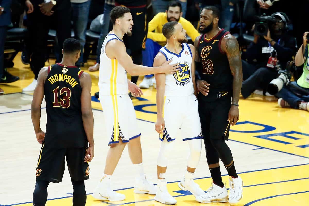 79eab804d869 Par BasketSession Publié le 1.06.2018 Trashtalk   LeBron James et Stephen  Curry s embrouillent. Dans une fin de ...