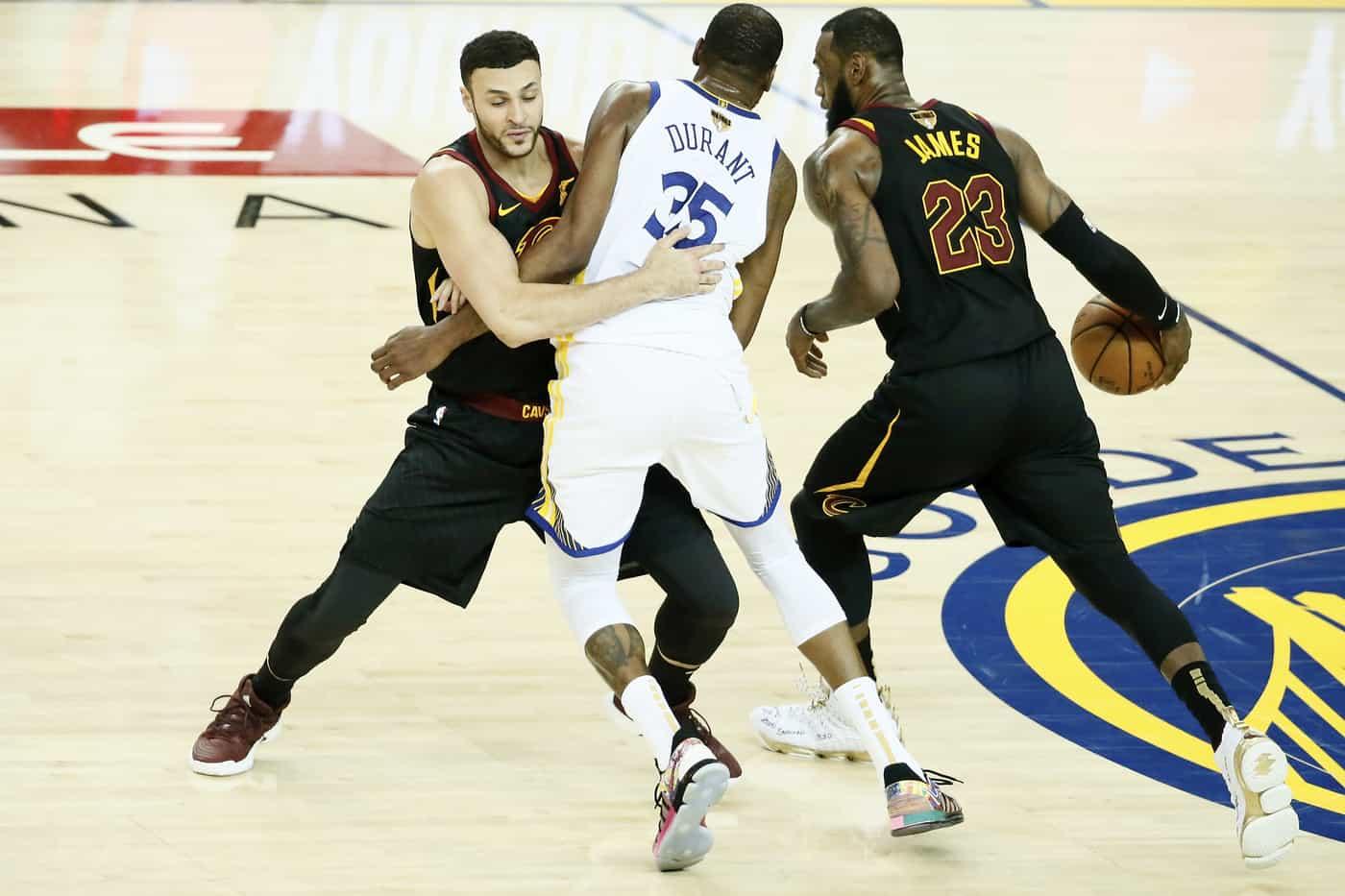 Que faire avec le banc de touche des Cleveland Cavaliers ?