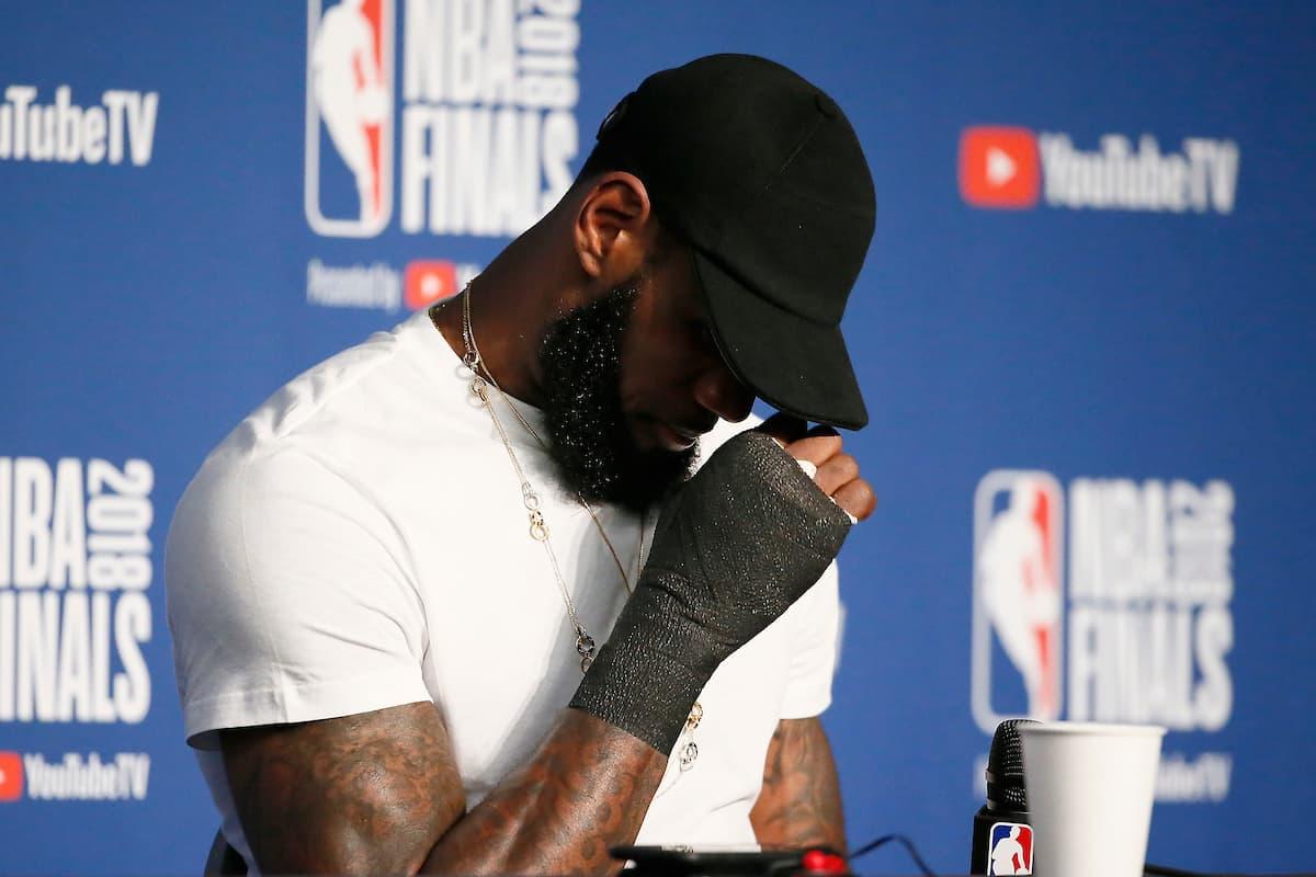 LeBron n'aurait pas porté de protection si sa blessure n'avait pas leaké…