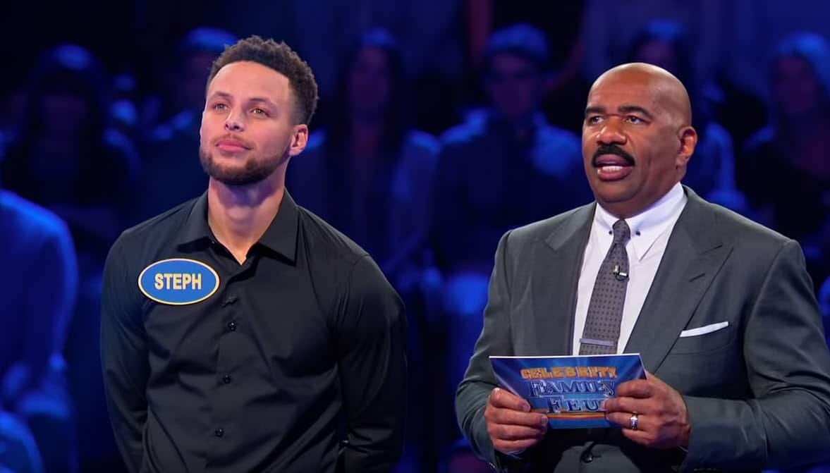 Stephen Curry et Chris Paul s'affrontent dans une Famille en Or