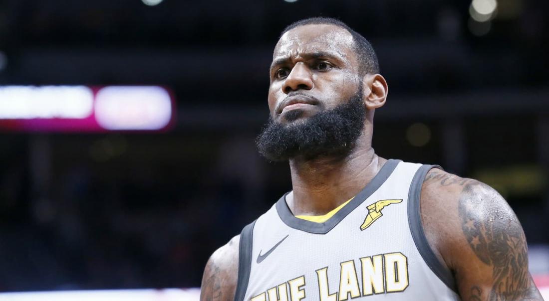 LeBron James rejoint les Los Angeles Lakers pour 154 millions !