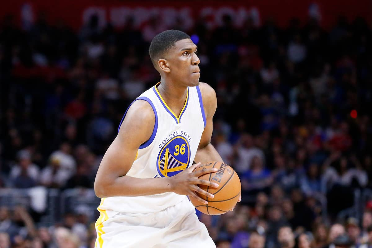Kevon Looney reste aux Warriors pour un an