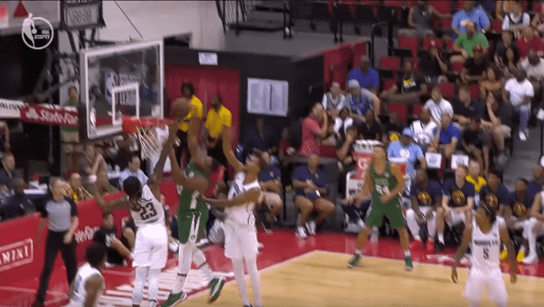 Gros posters : Les plus beaux dunks de la Summer League