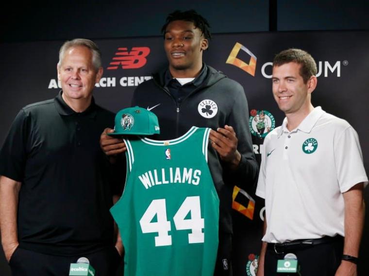 Les Celtics prouvent leur confiance envers Robert Williams avec 54 millions à la clé