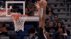 Top 10 : Anthony Davis monte sur Jarrett Allen !