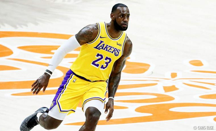 LeBron James refuse de stopper sa saison