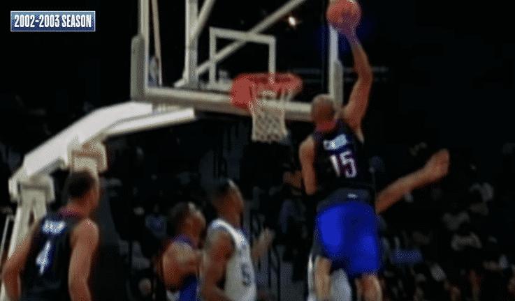 Les meilleurs dunks de Vince Carter chaque saison depuis son arrivée en NBA !