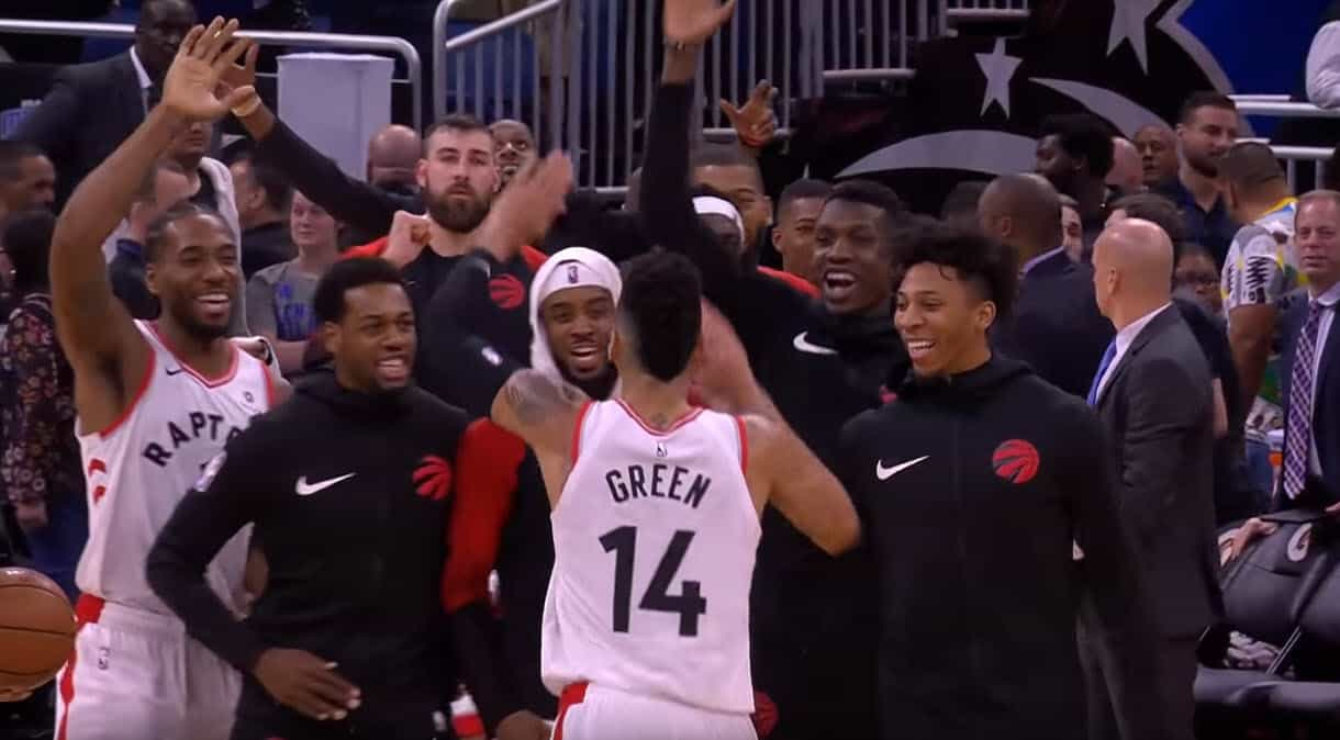 CQFR : Danny Green fait sourire Kawhi, miracle à Washington