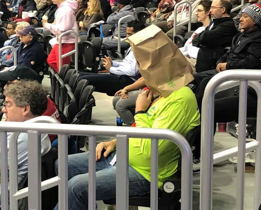 Sacs sur la tête, certains fans des Wizards veulent un Process