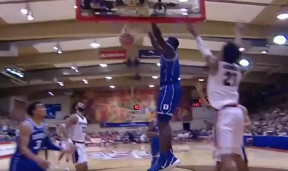 Première défaite pour Duke malgré un bon Zion Williamson