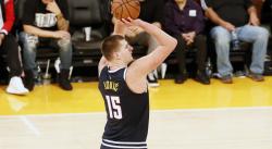Nikola Jokic : la stat impressionnante sur son scoring en playoffs, le gars talonne Kobe Bryant quand même !