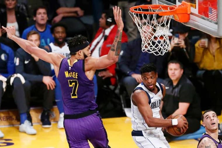 Les Lakers, les Knicks et le Magic ont négocié pour Dennis Smith