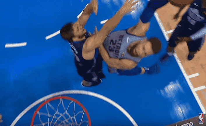 Top 10 : Blake Griffin cale encore des gros posters !