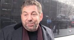 Un fan des Knicks demande à Dolan de vendre et se fait virer